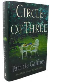 image of CIRCLE OF THREE :   A Novel