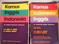 KAMUS INGRIS-INDONESIA  & Kamus Indonesia-Ingris by Echols, John M. and Hassan Shadily - 1990