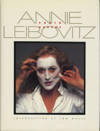 image of ANNIE LEIBOVITZ: PHOTOGRAPHS