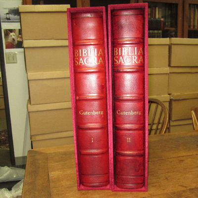 New York: Pageant Books, 1961 Full red morocco, signed