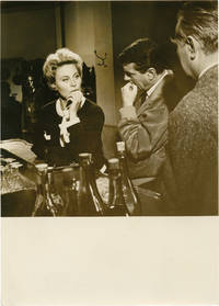 image of Too Late to Love [Pourquoi viens-tu si tard...] (Collection of 14 original photographs from the 1959 film)