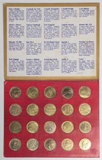 image of Shell volistoria in 20 medaglie la storia dei volopionieri [set of 20 metal tokens commemorating pioneers of flight, culminating in the moon landing, mounted in a cardboard case]