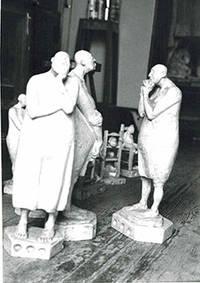 Photograph of the sculpture Conjunto de Mujerers sin pelo. 1987