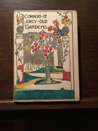 CORNERS OF GREY OLD GARDENS